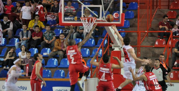 PLAY-OFF VİZESİNİ TOFAŞ ALDI